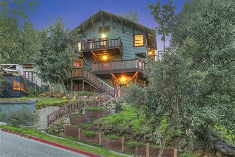 South Pasadena Craftsman by Griffith Observatory architect