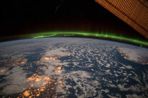 ISS Cupola – a room with an extraordinary view - Space