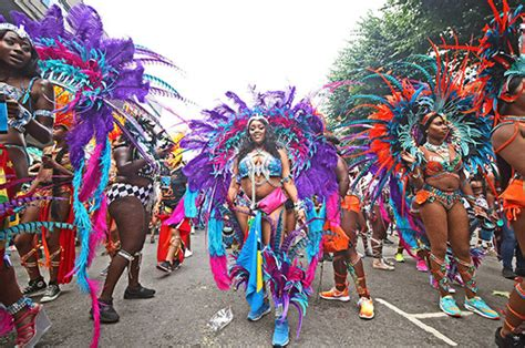 Notting Hill Carnival carnage: 30 cops hurt making a THIRD