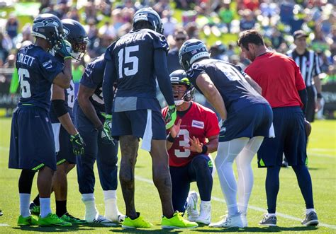 Seahawks training camp Day 1: What happened, injury report