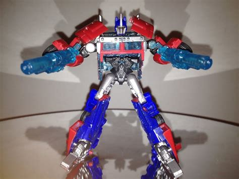 CYBERVERSE OPTIMUS PRIME - TRANSFORMERS PRIME TOY REVIEW