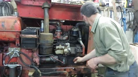 Servicing Simms injector pump on a Nuffield 10/60 - YouTube