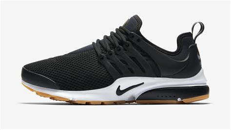 The Nike Sneakers Maria Will Be Wearing All Summer