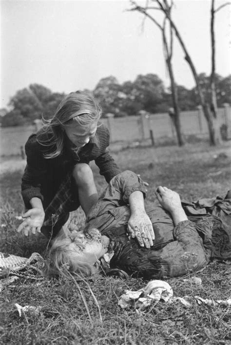 """WW2 Tweets from 1941 on Twitter: """"Sisters Andia"""